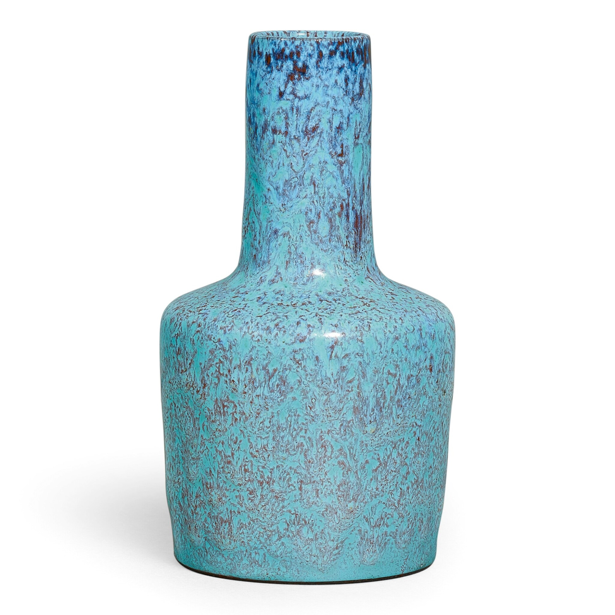 View full screen - View 1 of Lot 37. A RARE ROBIN'S-EGG GLAZED MALLET VASE SEAL MARK AND PERIOD OF YONGZHENG | 清雍正 爐鈞釉紙槌瓶 《雍正年製》款.