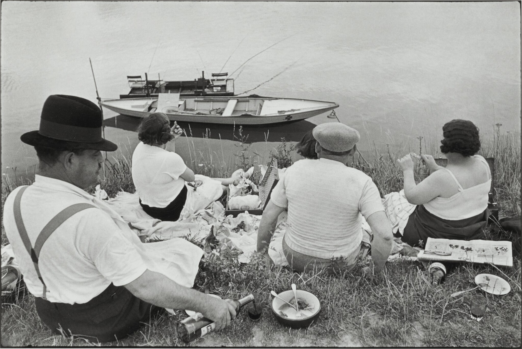 View full screen - View 1 of Lot 33. HENRI CARTIER-BRESSON | ON THE BANKS OF THE MARNE.
