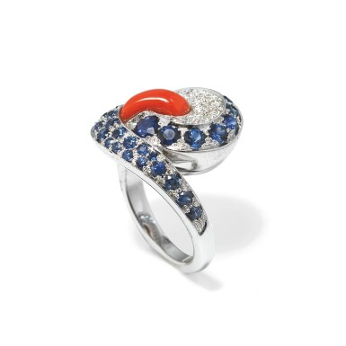 Coral, sapphire and diamond ring [Bague corail, saphirs et diamants]