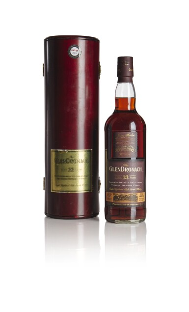 THE GLENDRONACH OLOROSO  SHERRY CASK 33 YEAR OLD 40.0 ABV NV