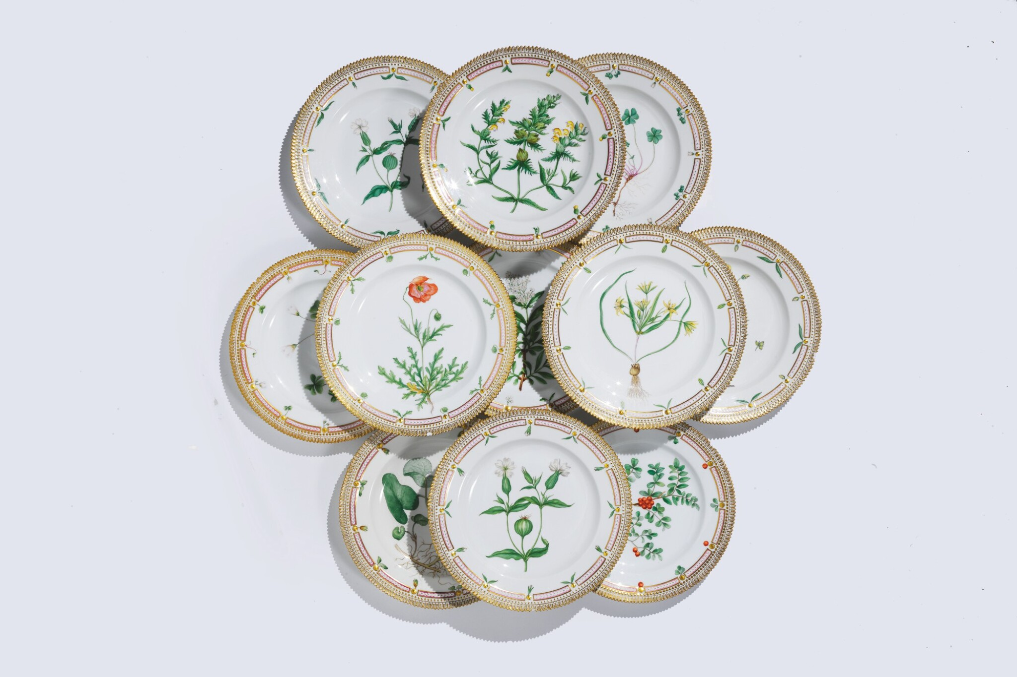 View full screen - View 1 of Lot 956. TWELVE ROYAL COPENHAGEN 'FLORA DANICA' DINNER PLATES, LATE 19TH CENTURY AND LATER.