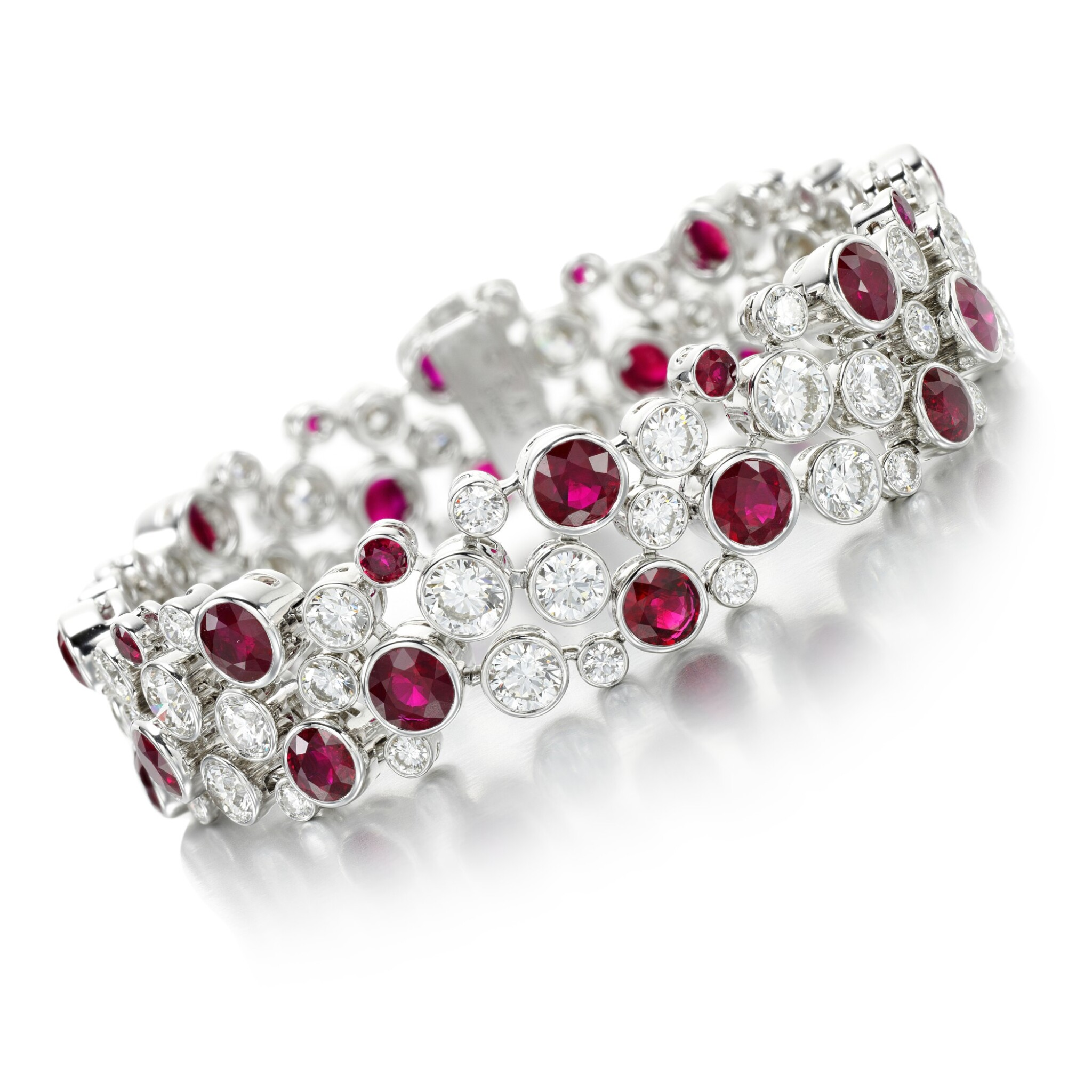 View full screen - View 1 of Lot 69. GRAFF | RUBY AND DIAMOND BRACELET.
