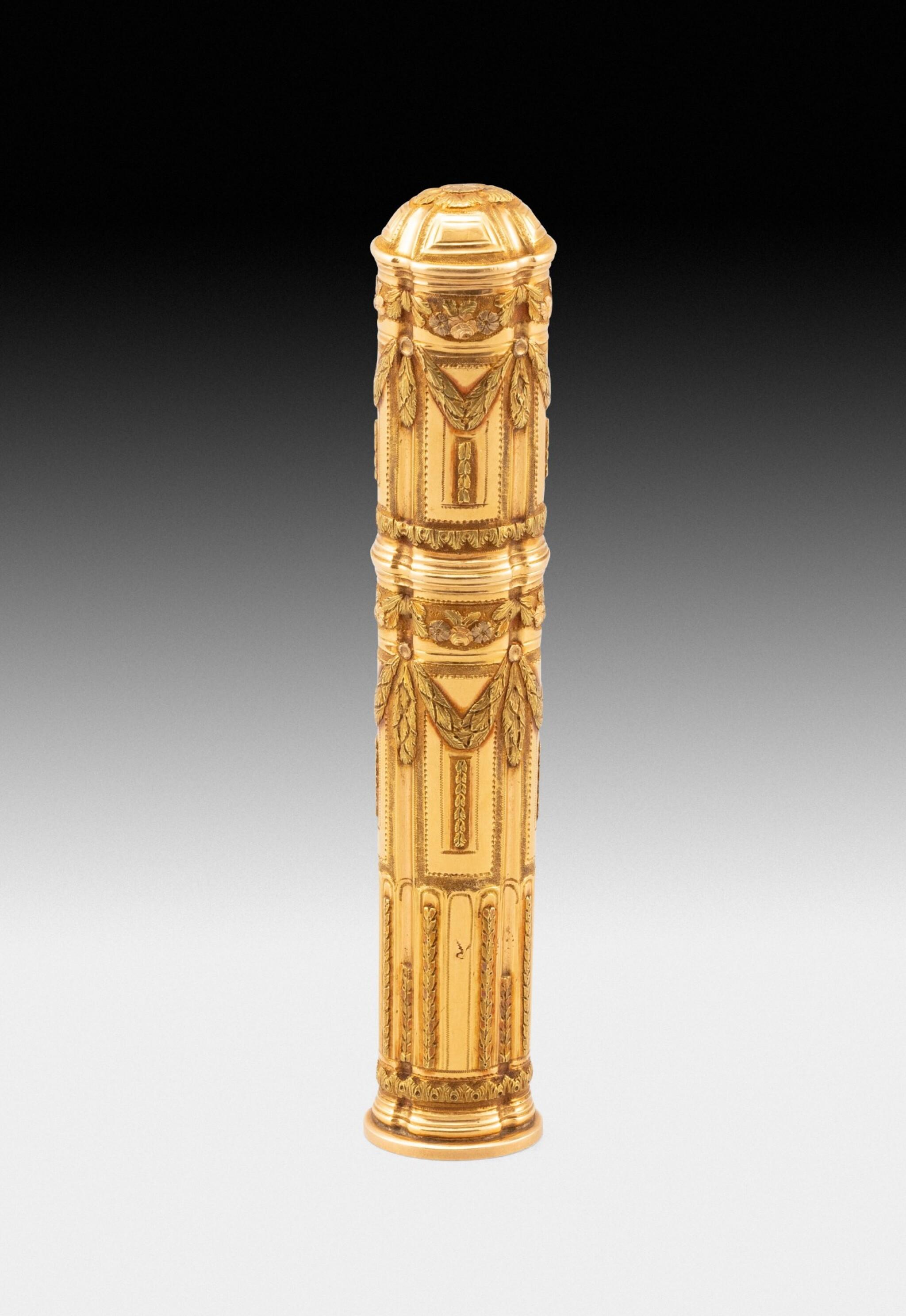 View full screen - View 1 of Lot 221. A gold seal-case, Nicolas Durier, Paris, 1768-1774| Etui en or par Nicolas Durier, Paris, 1768-1774.