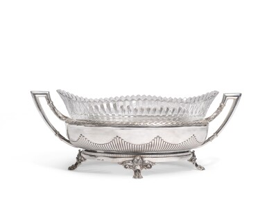 A silver and crystal bowl, Bolin, Moscow, 1908-1817
