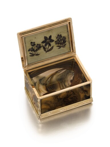 View 5. Thumbnail of Lot 309. A gold-mounted agate snuff box, probably Dresden, circa 1770.