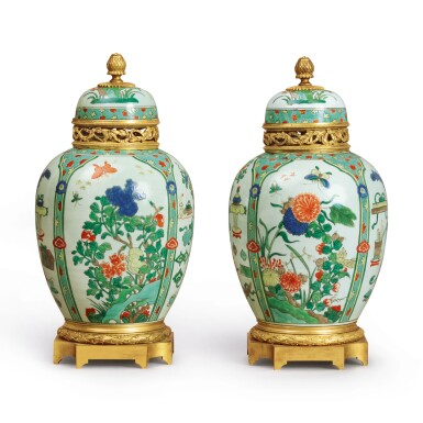 A PAIR OF LOUIS XVI STYLE GILT BRONZE-MOUNTED FAMILLE-VERTE VASES, THE PORCELAIN QING DYNASTY, 19TH CENTURY