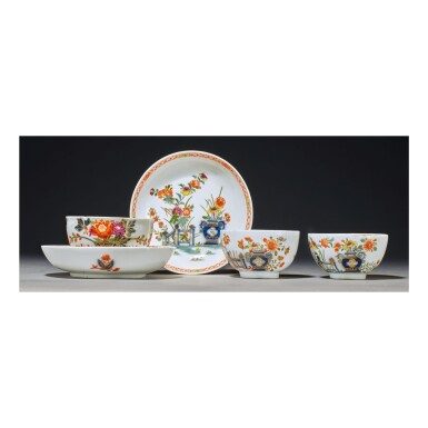 TWO MEISSEN IMARI TEABOWLS AND SAUCERS AND A SIMILAR TEABOWL CIRCA 1735-40