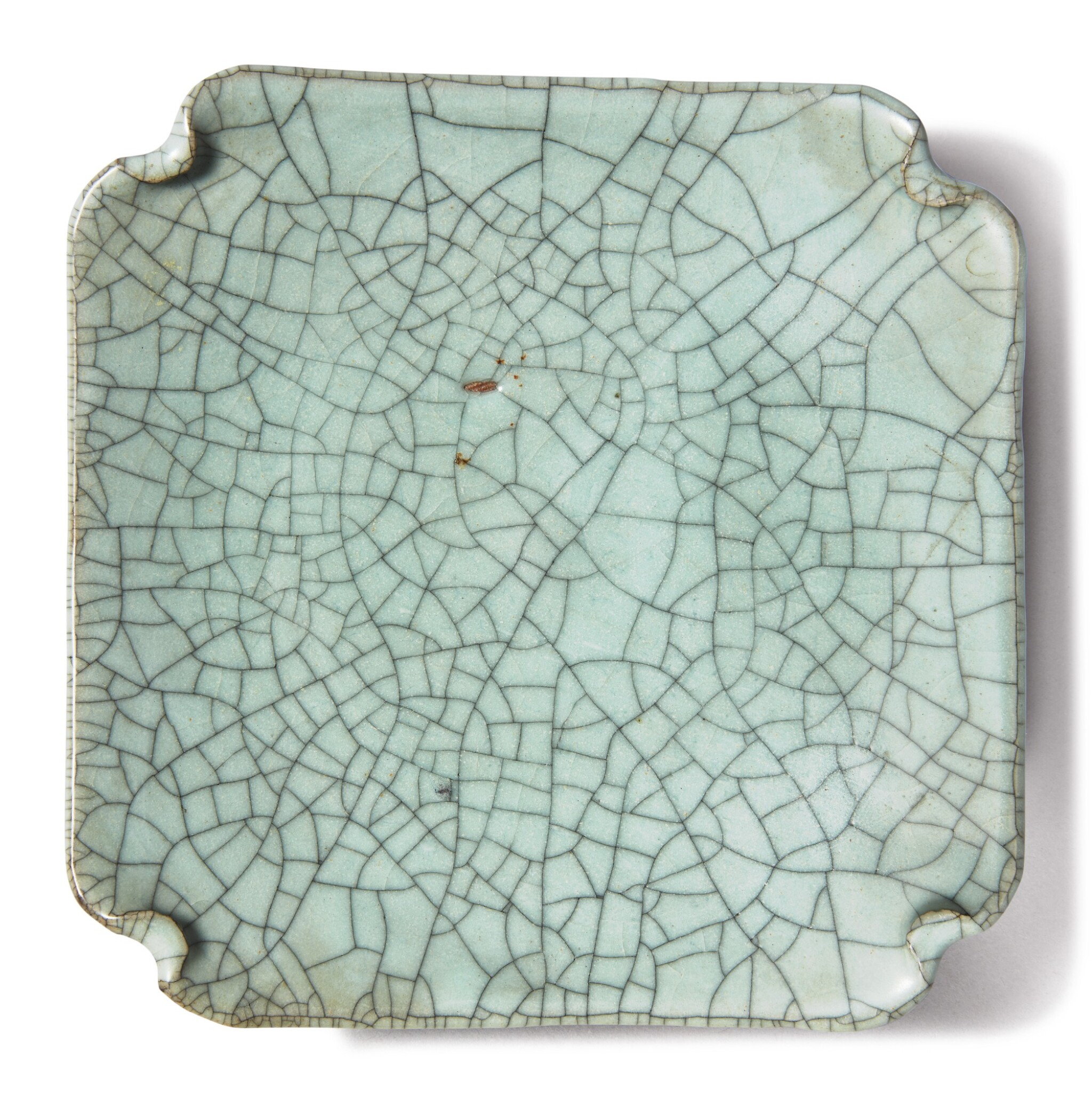 View full screen - View 1 of Lot 1129. A GE-TYPE SQUARE DISH , 19TH / 20TH CENTURY.
