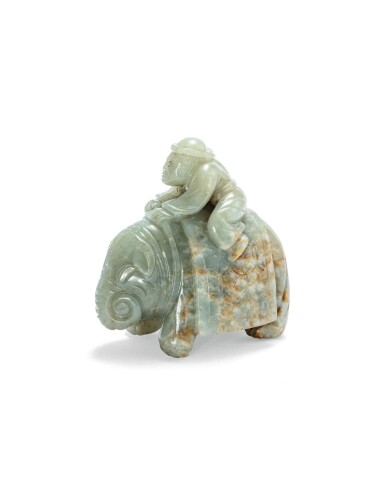 View 3. Thumbnail of Lot 215. Statuette d'un éléphant et son cornac en jade céladon Dynastie Qing | 清 青白玉胡人騎象擺件 | A celadon jade 'foreigner on an elephant' group, Qing Dynasty.