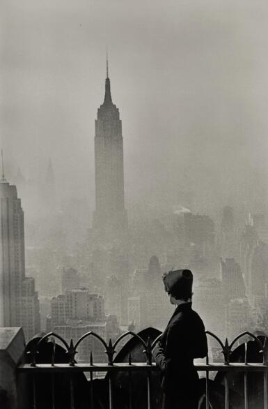 ELLIOTT ERWITT   'EMPIRE STATE BUILDING', NEW YORK CITY, 1955