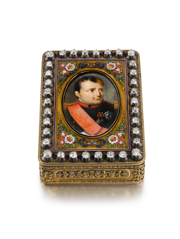 A JEWELLED FOUR-COLOUR GOLD, ENAMEL AND IVORY PORTRAIT SNUFF BOX, CHARLES COLLINS & SÖHNE, HANAU, CIRCA 1825