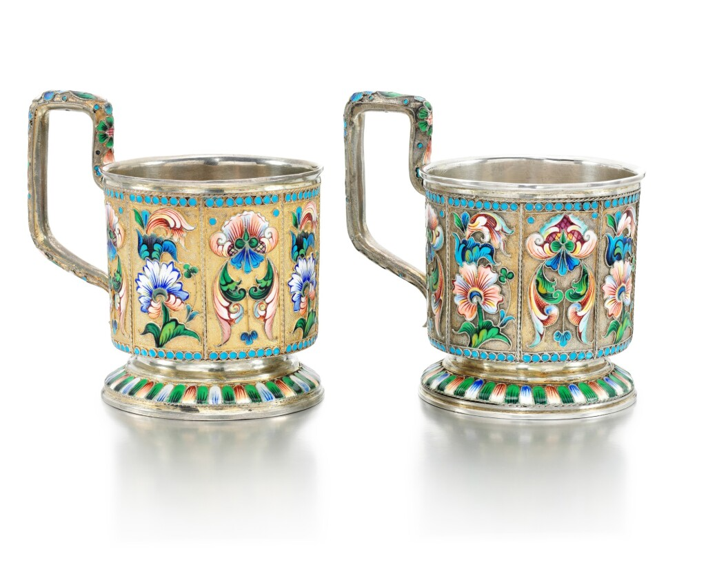 A PAIR OF SILVER-GILT AND CLOISONNÉ ENAMEL TEA GLASS HOLDERS, MOSCOW, 1908-1914