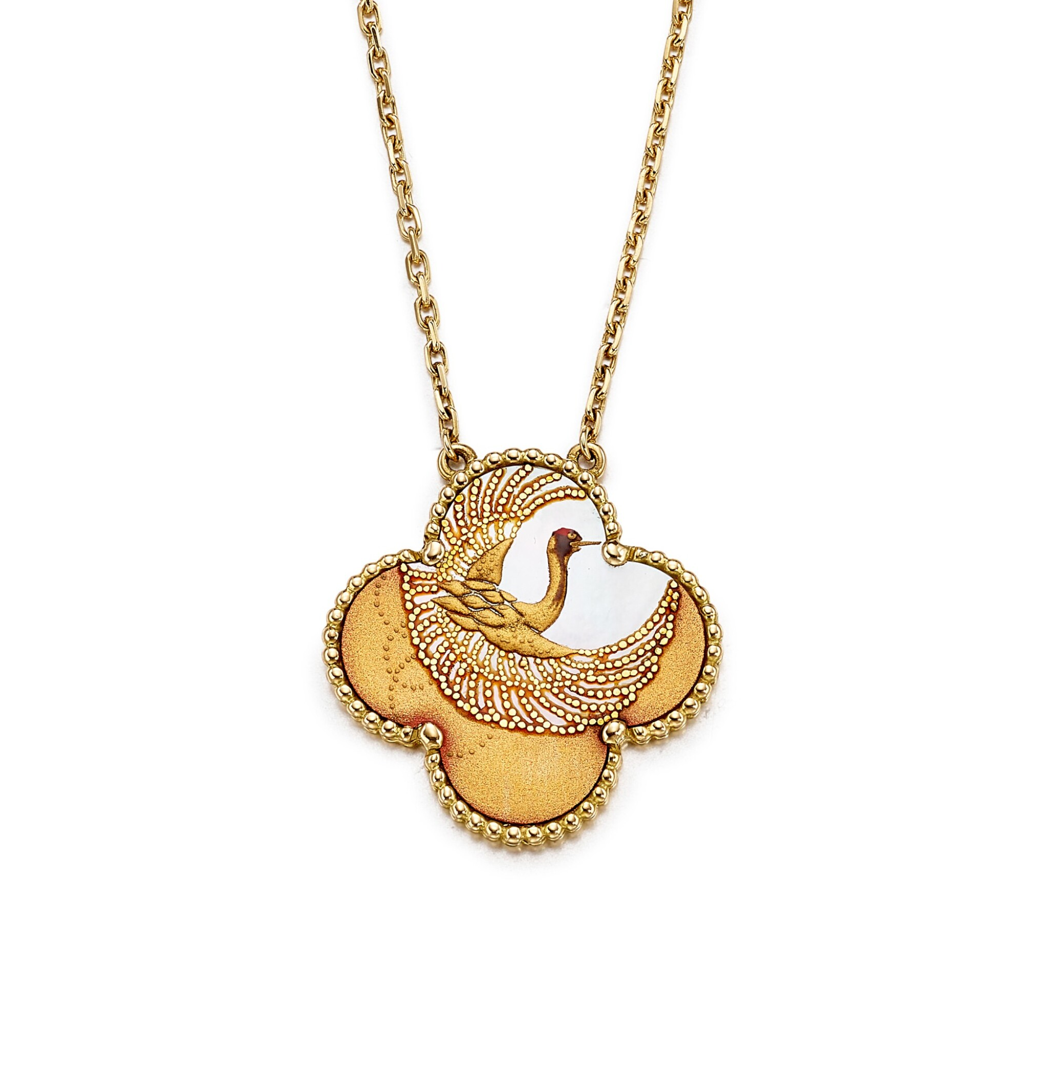 View full screen - View 1 of Lot 1697. Limited Edition 'Alhambra' Mother-of-Pearl and Lacquer Pendent Necklace  梵克雅寶   'Alhambra' 限量版貝母 配 蒔繪 項鏈.