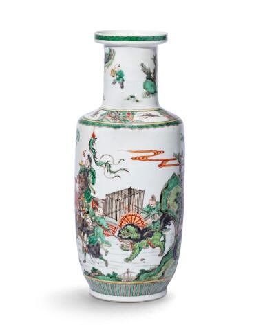 View 2. Thumbnail of Lot 223. Vase rouleau en porcelaine de la Famille Verte Dynastie Qing, époque Kangxi | 清康熙 五彩人物故事紋捧槌瓶 | A famille-verte 'Tribute Bearers' rouleau vase, Qing Dynasty, Kangxi period.