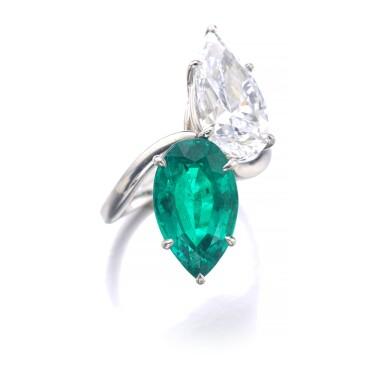 View 2. Thumbnail of Lot 201. HARRY WINSTON [海瑞溫斯頓] | EMERALD AND DIAMOND RING, CIRCA 1970 [祖母綠配鑽石戒指,約1970年].