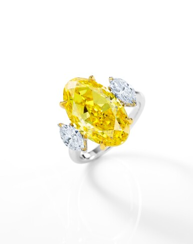 View 2. Thumbnail of Lot 1750. AN EXCEPTIONAL FANCY VIVID YELLOW DIAMOND AND DIAMOND RING | 艷麗卓絕 8.88卡拉 艷彩黃色鑽石 配 鑽石 戒指.