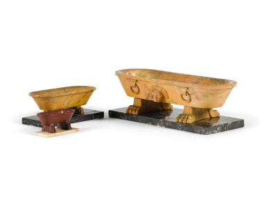 A GROUP OF THREE 'GRAND TOUR' CISTERNS, ITALIAN, EARLY 19TH CENTURY