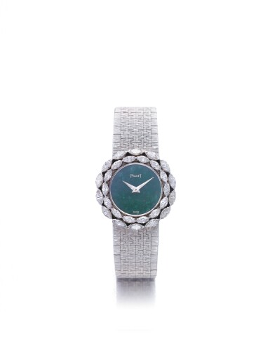 PIAGET | REF 90855 A 6, A WHITE GOLD AND DIAMOND SET BRACELET WATCH WITH NEPHRITE DIAL