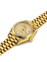 ROLEX | REF 69158 DATEJUST, A YELLOW GOLD AND DIAMOND SET AUTOMATIC CENTER SECONDS WRISTWATCH WITH DATE AND BRACELET CIRCA 1990