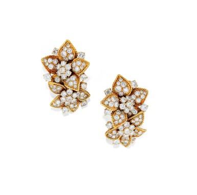 PAIRE DE CLIPS D'OREILLE DIAMANTS, VAN CLEEF & ARPELS, VERS 1950 | PAIR OF DIAMOND EAR CLIPS, VAN CLEEF & ARPELS, 1950S