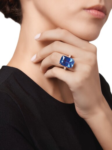 View 2. Thumbnail of Lot 435. SAPPHIRE AND DIAMOND RING | 藍寶石配鑽石戒指.