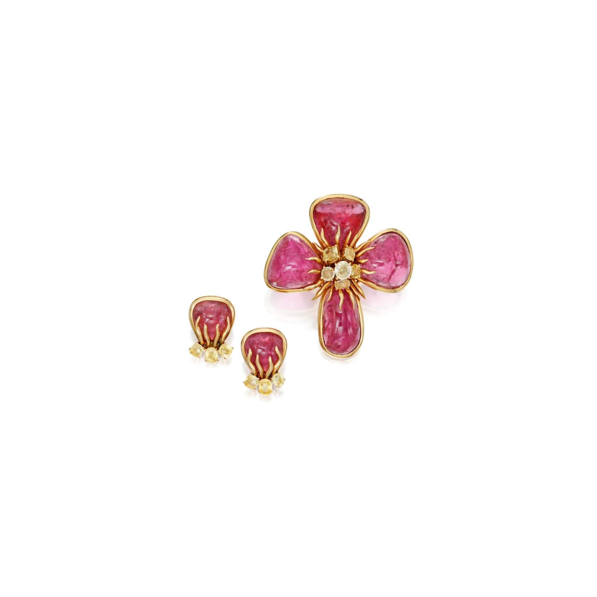 View 1 of Lot 598. PINK TOURMALINE AND YELLOW SAPPHIRE 'DOGWOOD' CLIP-BROOCH AND PAIR OF EARCLIPS, VERDURA | 粉紅色璧璽配黃色剛玉「Dogwood」別針及耳環一對,Verdura.