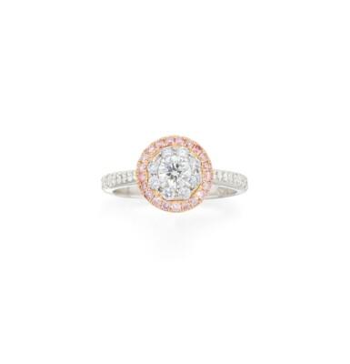 DIAMOND AND COLORED DIAMOND RING
