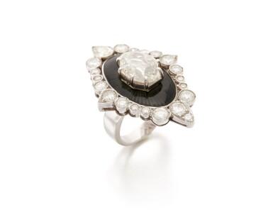 DIAMOND AND ENAMEL RING   (ANELLO IN DIAMANTI E SMALTO)
