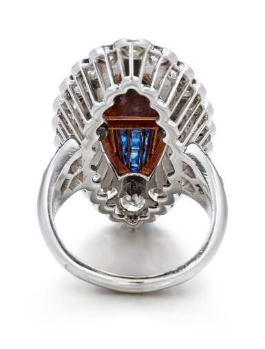 View 4. Thumbnail of Lot 1601. VAN CLEEF & ARPELS | SAPPHIRE AND DIAMOND RING | 梵克雅寶 | 藍寶石 配 鑽石 戒指.