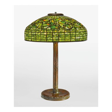 "TIFFANY STUDIOS | ""OAK LEAF"" TABLE LAMP"
