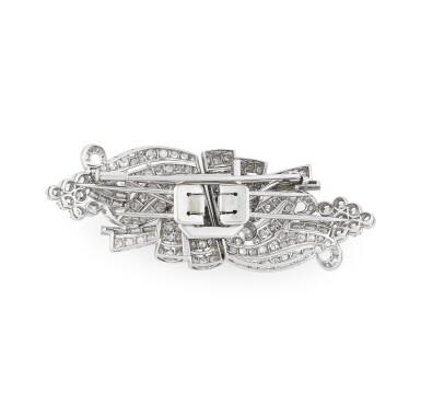 View 2. Thumbnail of Lot 28. Broche double-clip diamants | Diamond double clip-brooch.