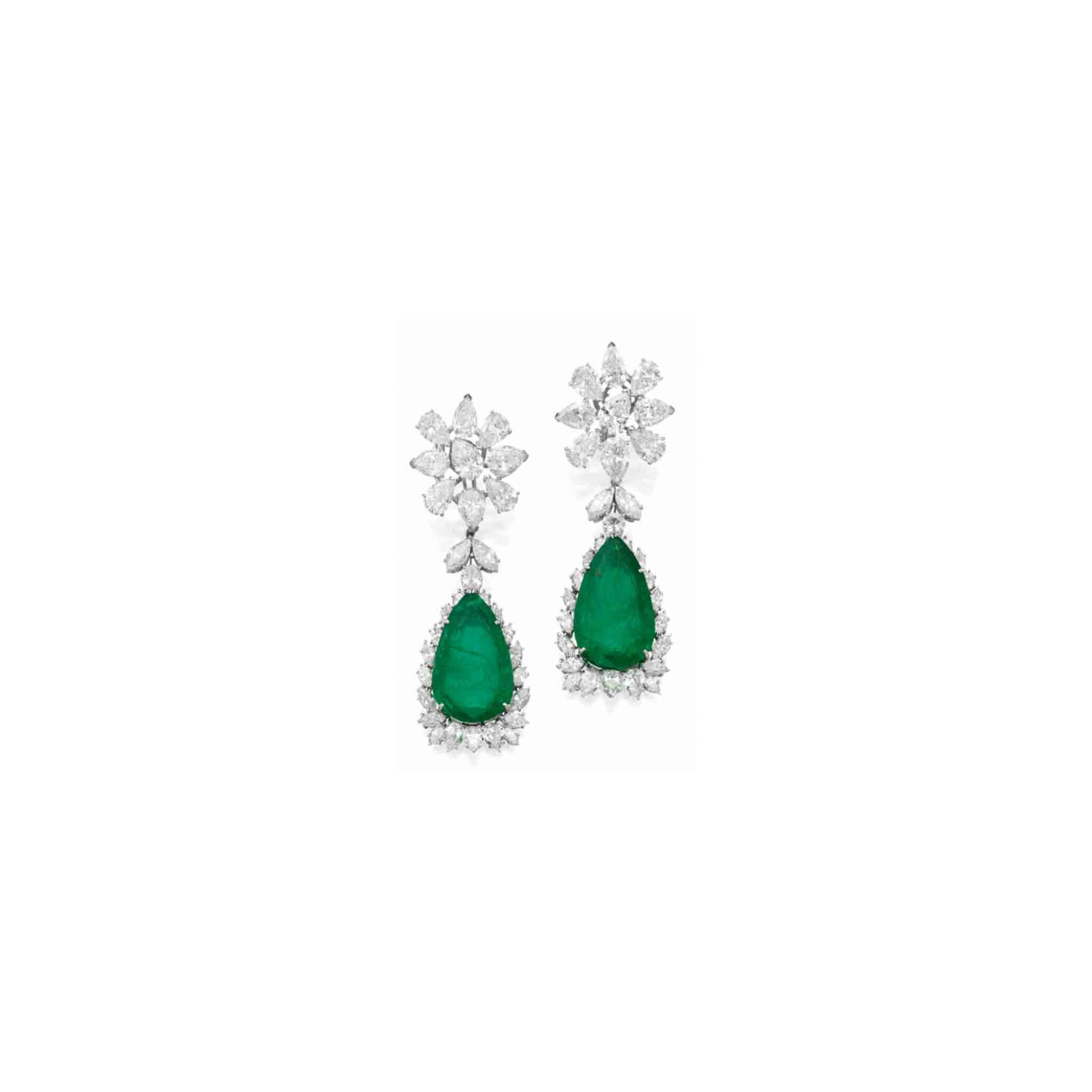 View full screen - View 1 of Lot 163. Pair of Emerald and Diamond Pendant-Earclips [祖母綠配鑽石吊耳環一對].