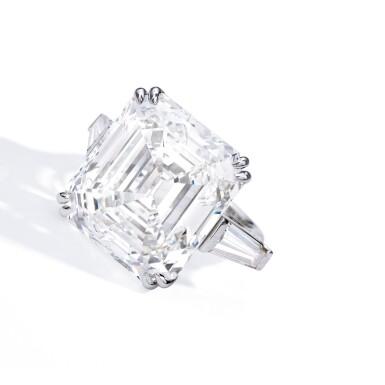 View 2. Thumbnail of Lot 444. AN IMPORTANT DIAMOND RING | 鑽石戒指一枚.