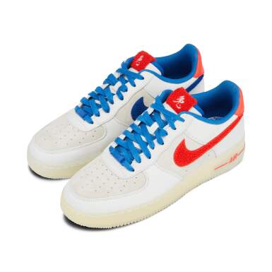 View 12. Thumbnail of Lot 8212. Air Force 1 Supreme Quickstrike 'Year of the Rabbit', 2011    兔年款球鞋,2011年.