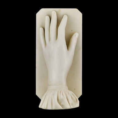 View 3. Thumbnail of Lot 2022. A life-size carved statuary marble hand of a lady with ruffled sleeve, possibly by Alexander Munro (1825-1871) executed as a study of the hand of the artist Henrietta Ward (1832-1924) 19th century | 十九世紀 大理石雕女性左手 或乃亞歷山大・孟洛(1825-1871年)臨摹畫家亨麗埃塔.沃德(1832-1924年)玉手之習作.