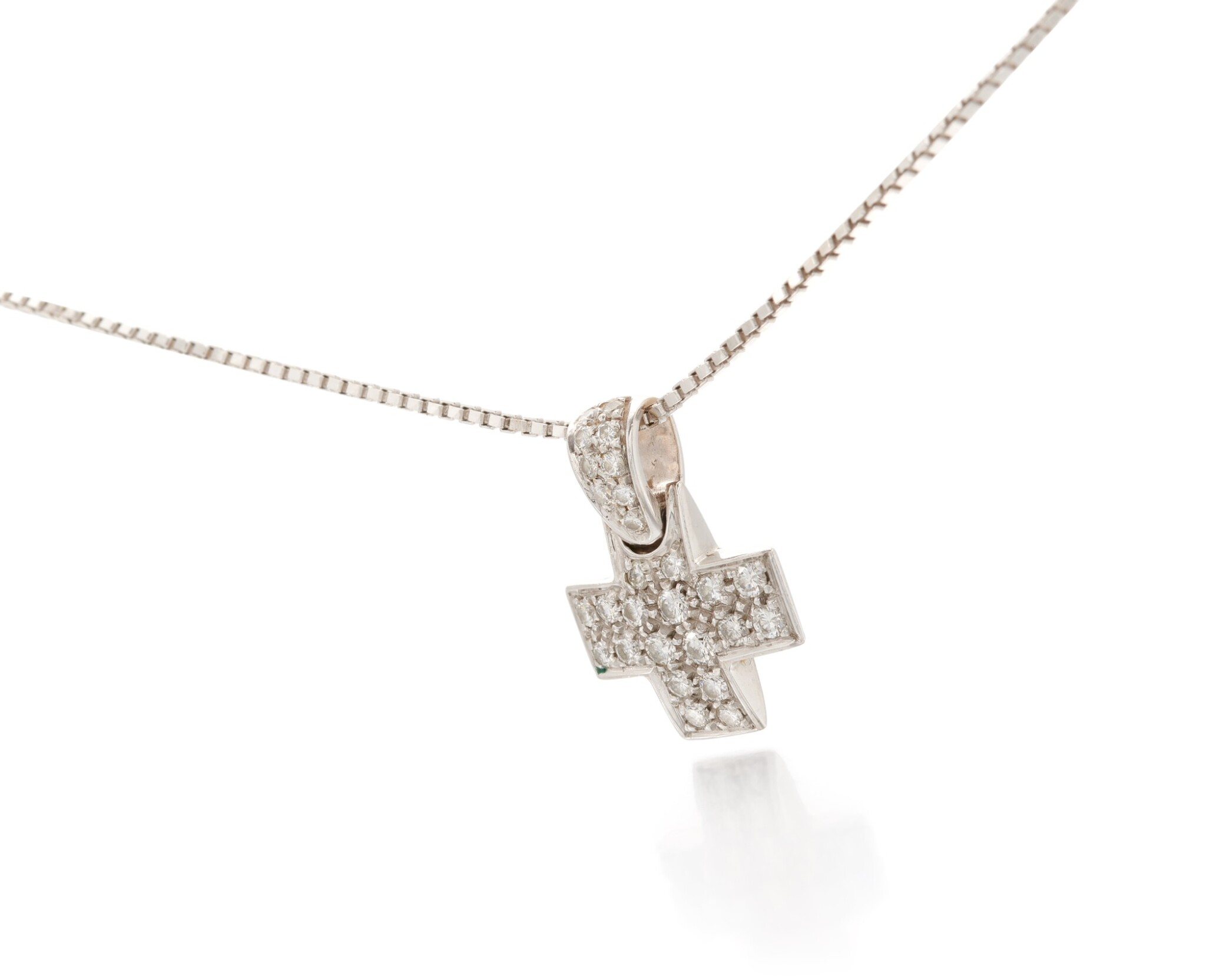 View 1 of Lot 131. Diamond pendant-necklace (Collana con pendente in diamanti).