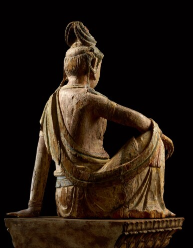 View 3. Thumbnail of Lot 8002. A magnificent and extremely rare large wood sculpture of Avalokiteshvara, Song dynasty   宋 木雕加彩觀世音菩薩坐像.