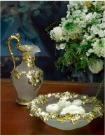 AN EARLY VICTORIAN SILVER-GILT MOUNTED FROSTED GLASS EWER AND BASIN, CHARLES THOMAS AND GEORGE FOX, LONDON, 1842