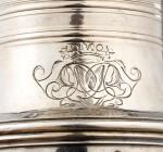 A SILVER SUGAR CASTER, BY JEAN MAUZIE, PARIS, 1728-1729 | SAUPOUDROIR EN ARGENT, PAR JEAN MAUZIE, PARIS, 1728-1729