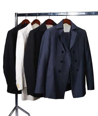 APPLE TAILORING | Four suits