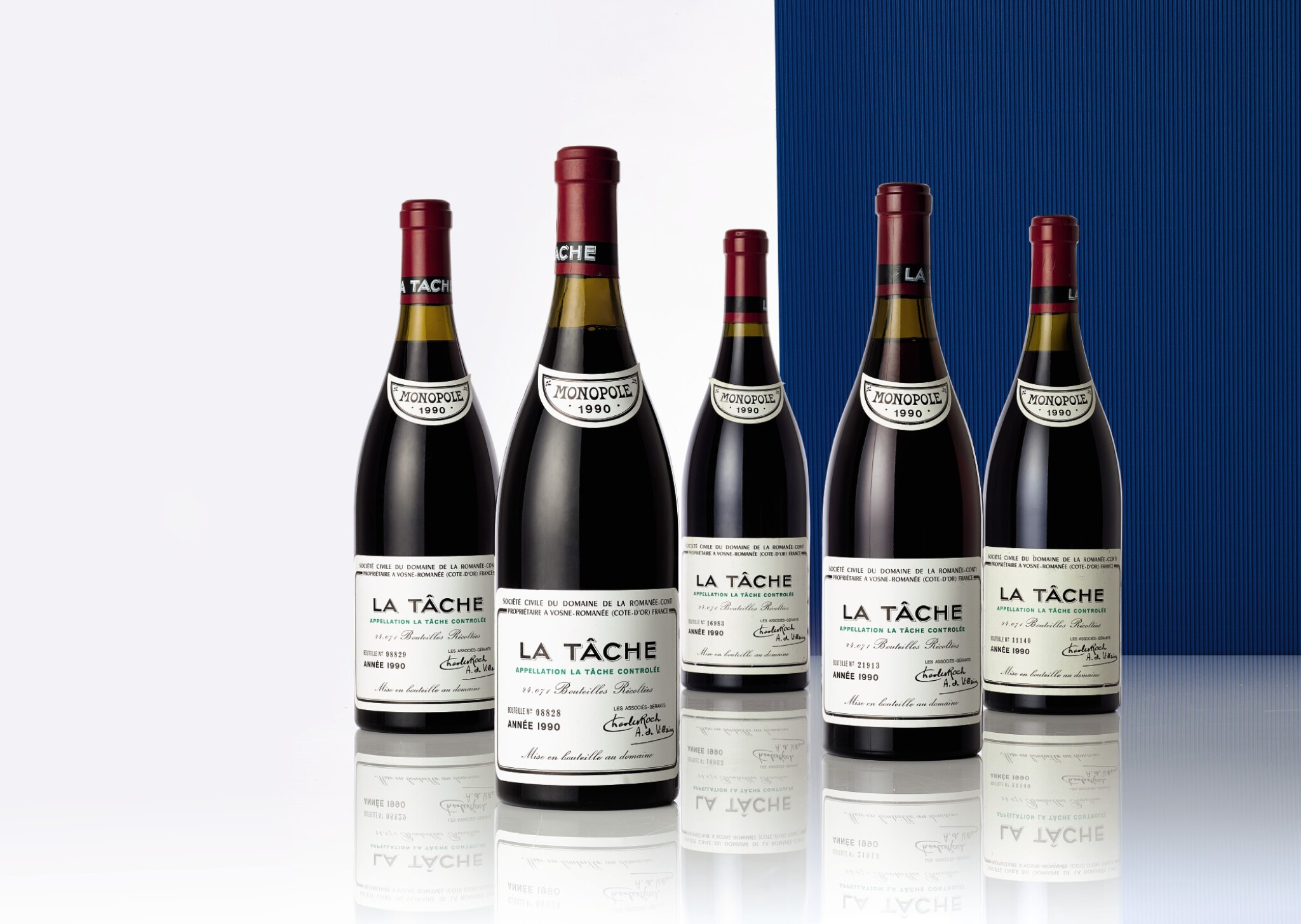 View full screen - View 1 of Lot 5121. La Tâche 1990 Domaine de la Romanée-Conti (6 BT).