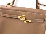 KELLY 35 RETOURNE ETOUPE COLOUR IN TOGO LEATHER WITH GOLD HARDWARE. HERMÈS, 2017