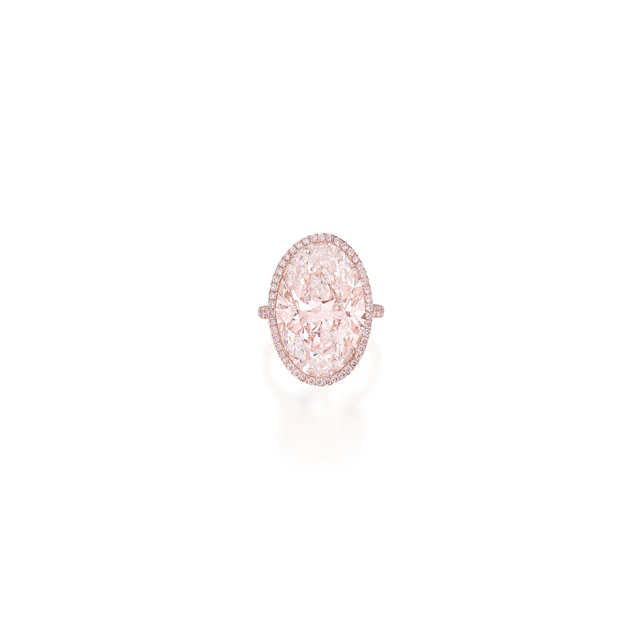 View full screen - View 1 of Lot 419. AN IMPRESSIVE FAINT PINK DIAMOND AND COLORED DIAMOND RING | 微粉紅色鑽石配彩色鑽石戒指一枚.
