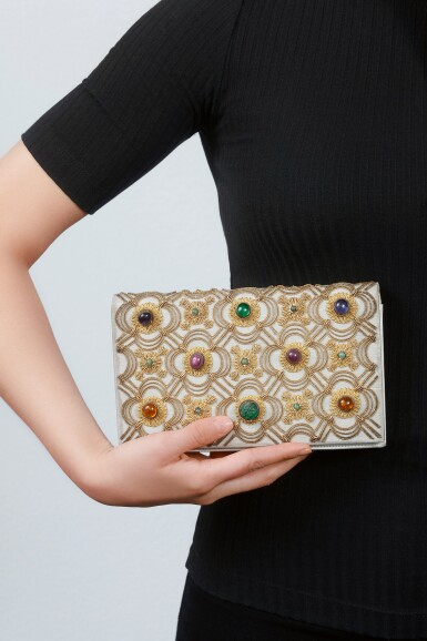 GEM SET EVENING BAG | VAN CLEEF & ARPELS