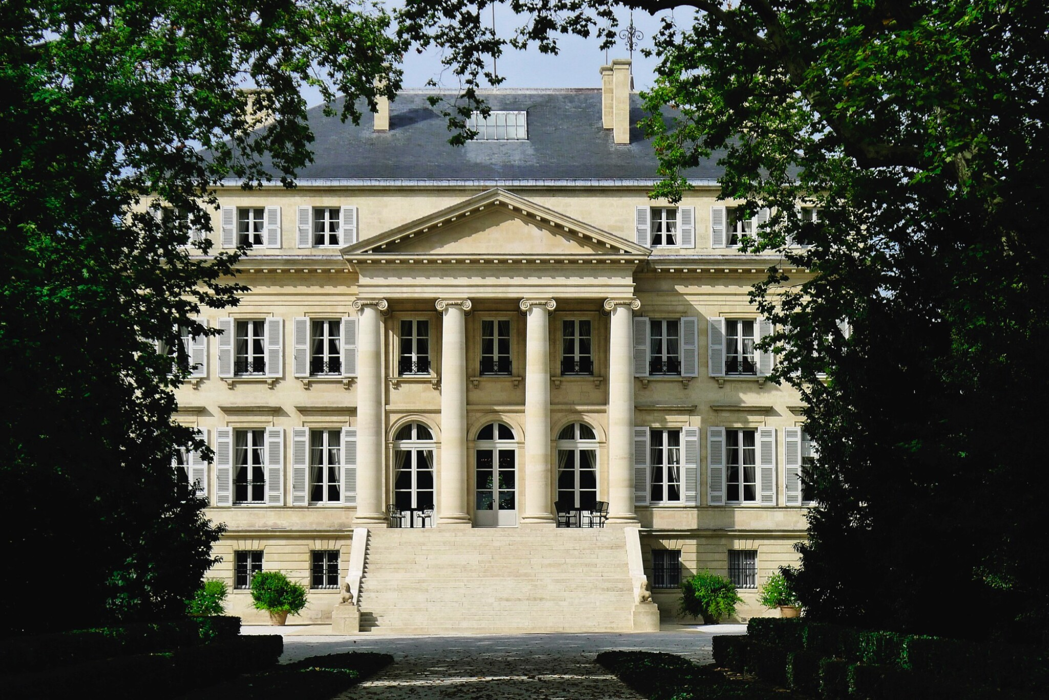 View full screen - View 1 of Lot 28. MARGAUX, A GRANDIOSE EXPERIENCE: 1 X 5 LITRE MARGAUX 2005 WITH TASTING & LUNCH OR DINNER AT THE CHÂTEAU .