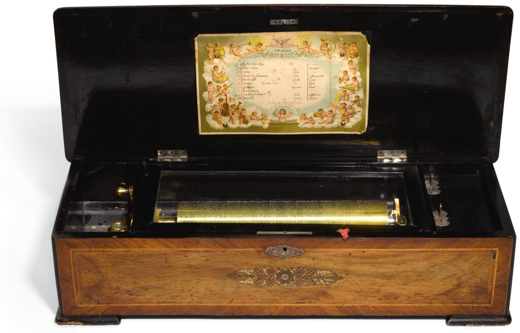 SWISS | A ROSEWOOD AND INLAID CYLINDER MUSICAL BOX  CIRCA 1900