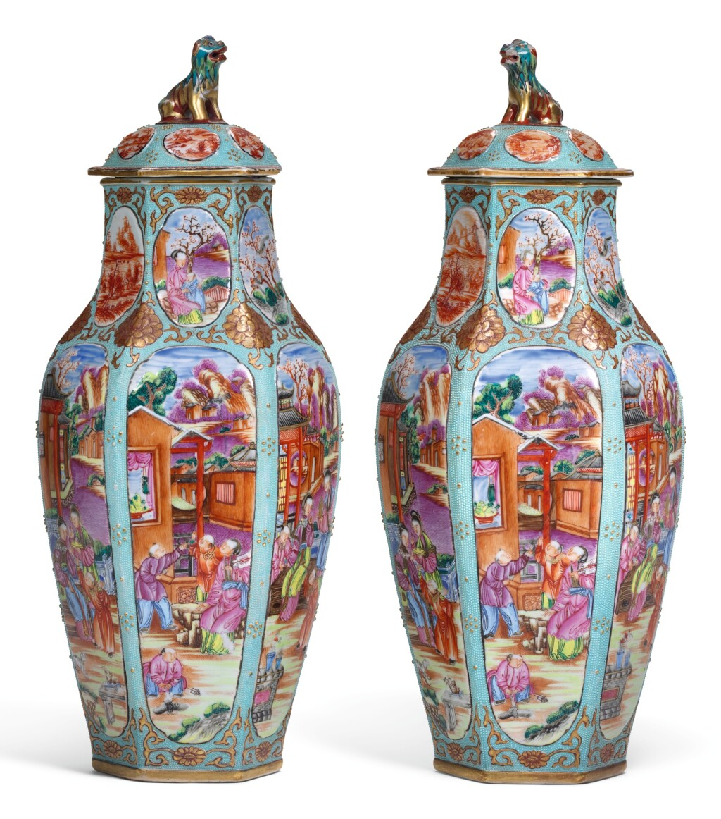 A PAIR OF SAMSON HEXAGONAL VASES AND COVERS