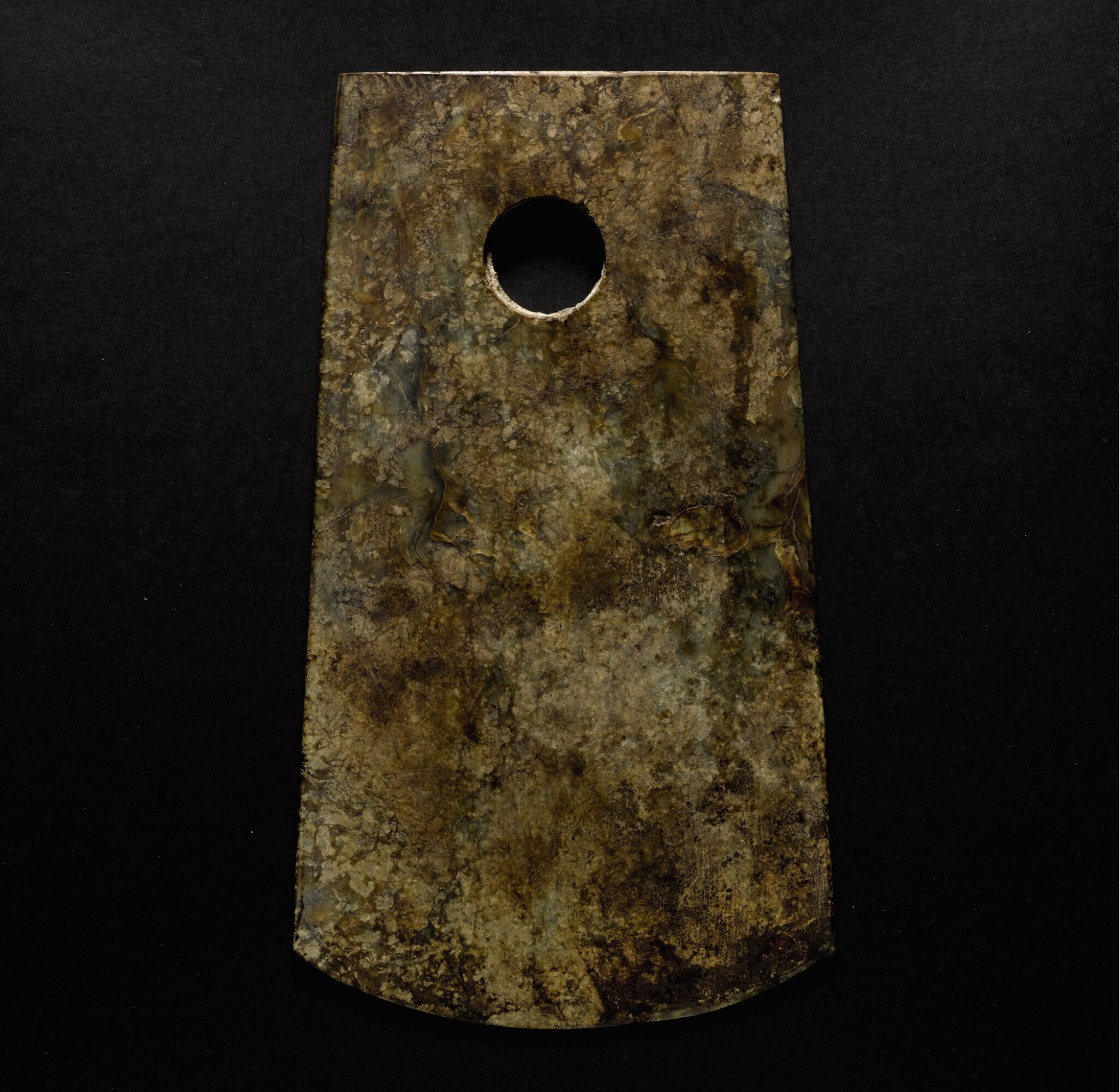 View 1 of Lot 208. A JADE AXE NEOLITHIC PERIOD | 新石器時代 玉斧.