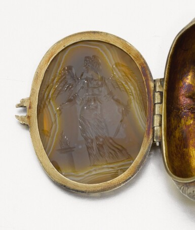 SOUTHERN GERMAN, PROBABLY AUGSBURG, 17TH CENTURY   TRINKET BOX WITH DOUBLE INTAGLIO