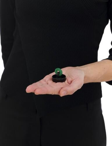 View 5. Thumbnail of Lot 23. Black enamel and adventurine quartz pill box (Porta pillole in smalto nero e quarzo avventurina).